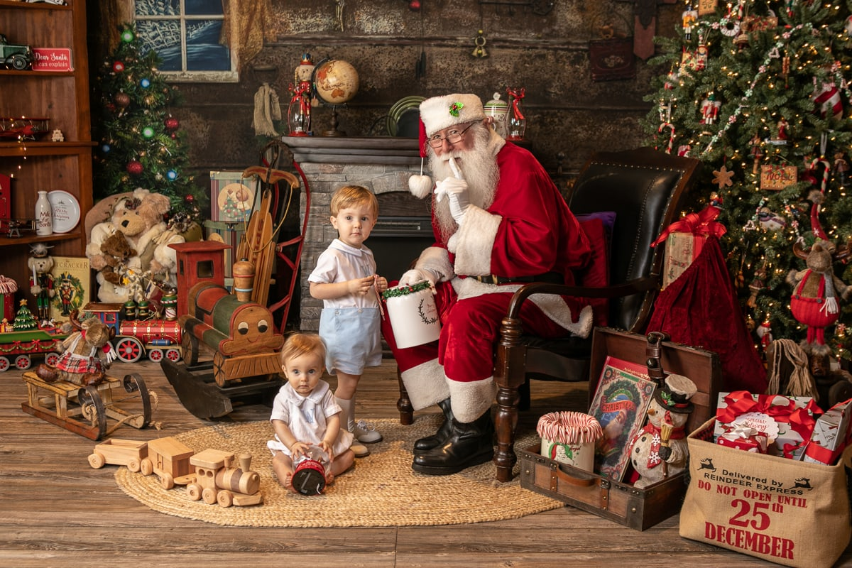 Breakfast with Santa childrens image